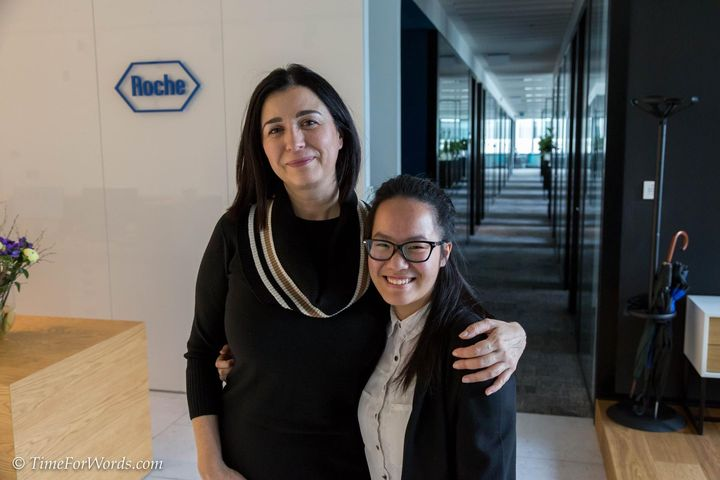 TIME FOR WORDS Ambassador Nhung Nguyen Thi Hong meets CEO/GM of Roche in Slovakia, Dr. Natasa Klicko, to cooperate in sh...