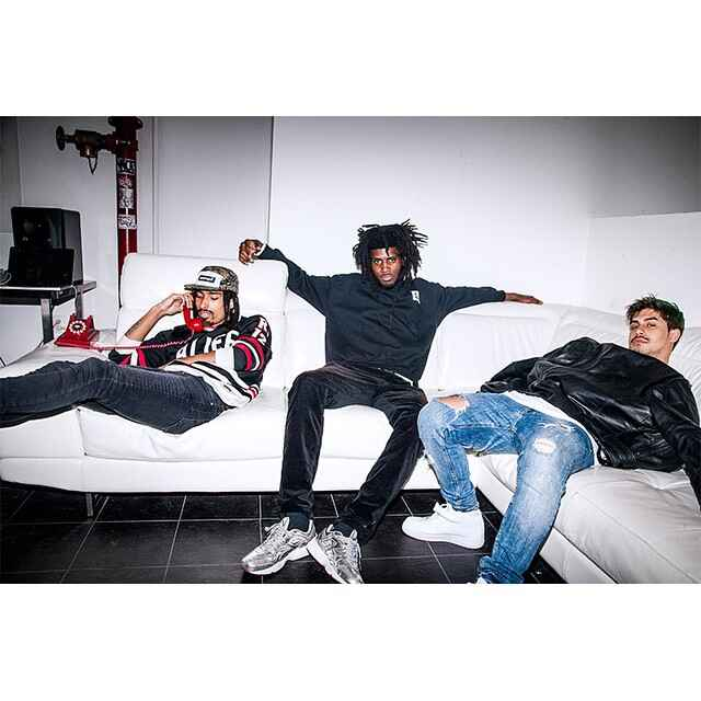#alumn chillin. @salomonfaye did his thing in the campaign. Go check out his new project #stimulation. He's the truth. @...