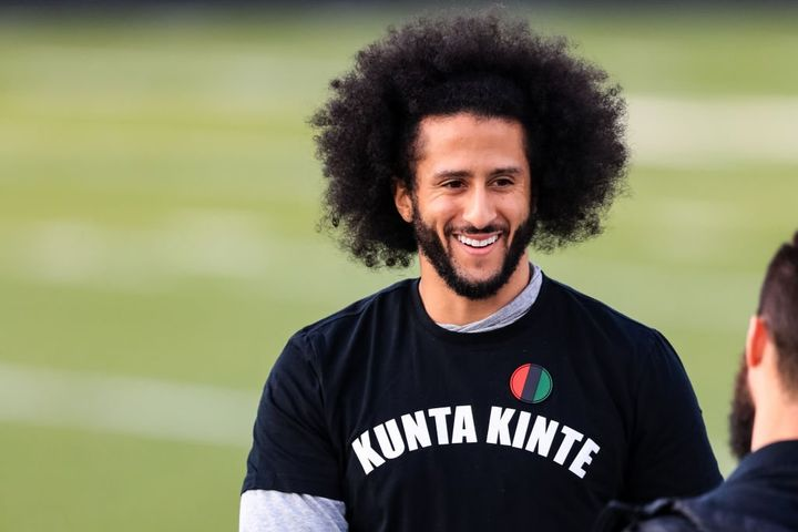 🖤 ✊🏾COLIN KAEPERNICK donates - 100,000 dollars to Covid-19 relief fund for communities of color -> https://alljerseyradi...