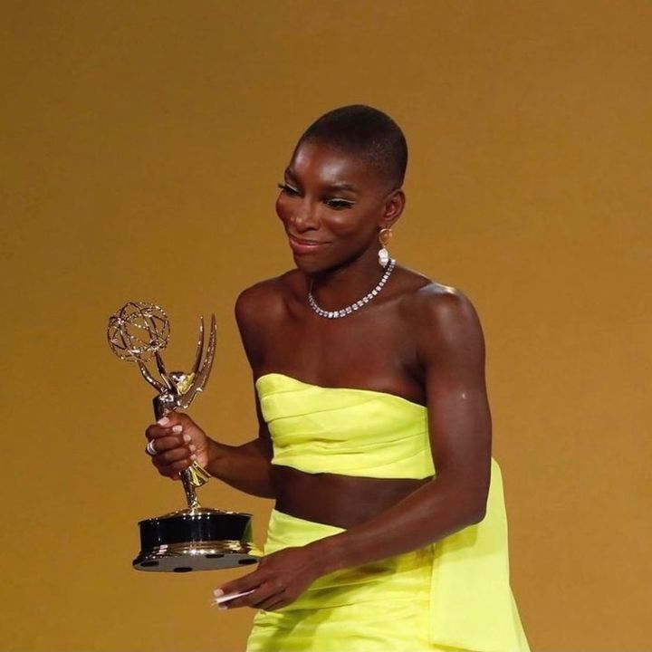 Congratulations to British actress, screen writer, director, producer and singer @michaelacoelweb on her first @televisi...