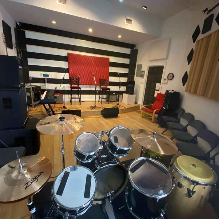We are Re-Opening at Lush Rehearsal Studios! Book your next rehearsal online or give us a call! #5Starrehearsalstudio #l...