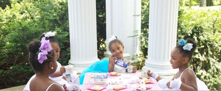 Got children who need to learn etiquette? Check this out ?