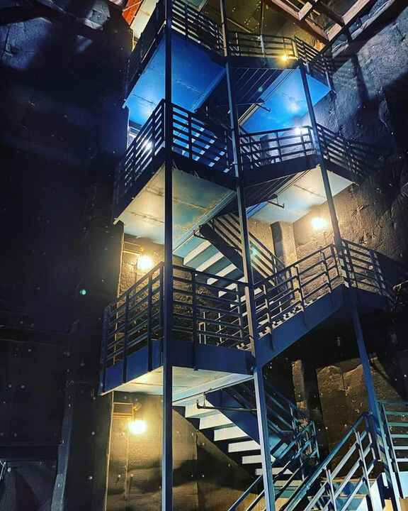 Filming with @msqwidward!...#soundstage #stairs #raleighstudioshollywood #filming #repost
