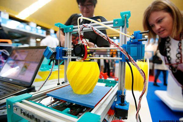 Over two-thirds of manufacturers are using 3D printing. Some are moving away from using additive technology to prototype...