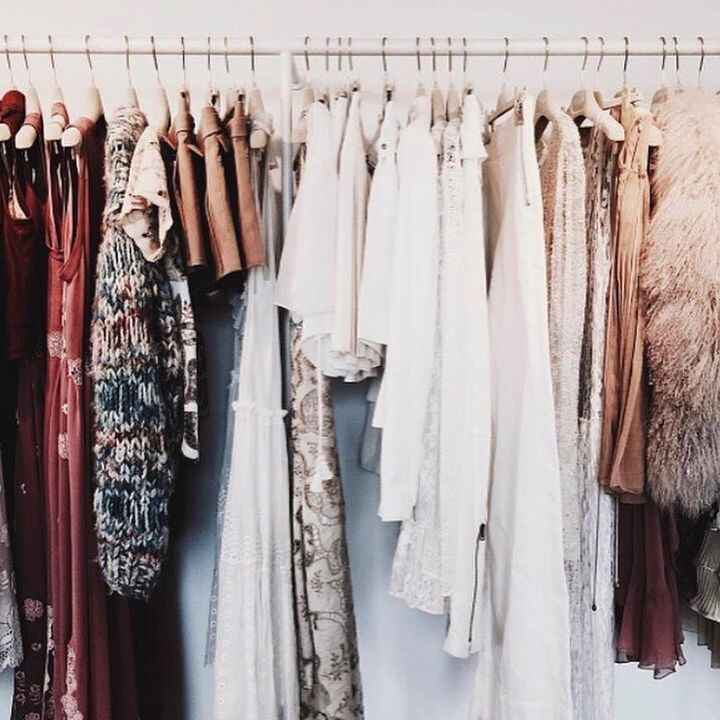 We want to know who your fashion icon is? 👗👠👑 #hellofall #fashion #style #wardrobe #icon #beyourself #thechiccave